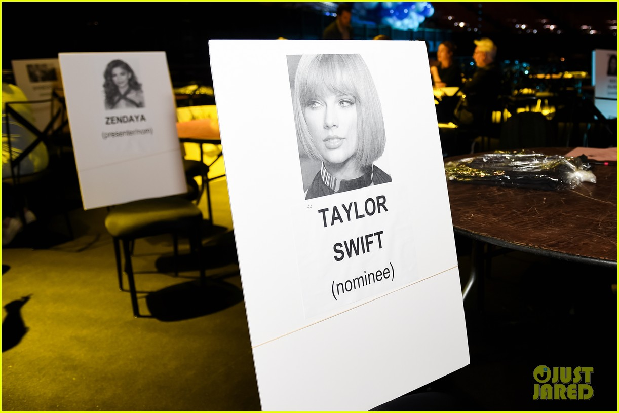 iHeartRadio Music Awards 2016 - Seating Chart Revealed!: Photo ...