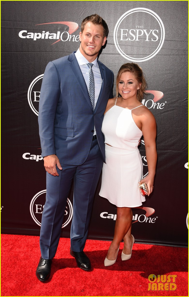 shawn johnson marries andrew east 023633250