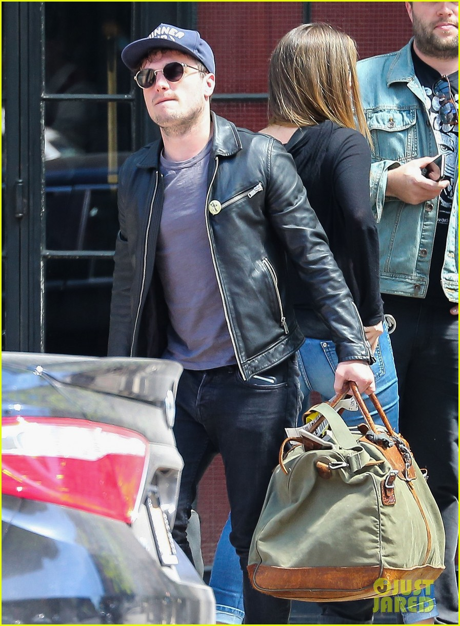 josh hutcherson leaves new york city hotel 033639919