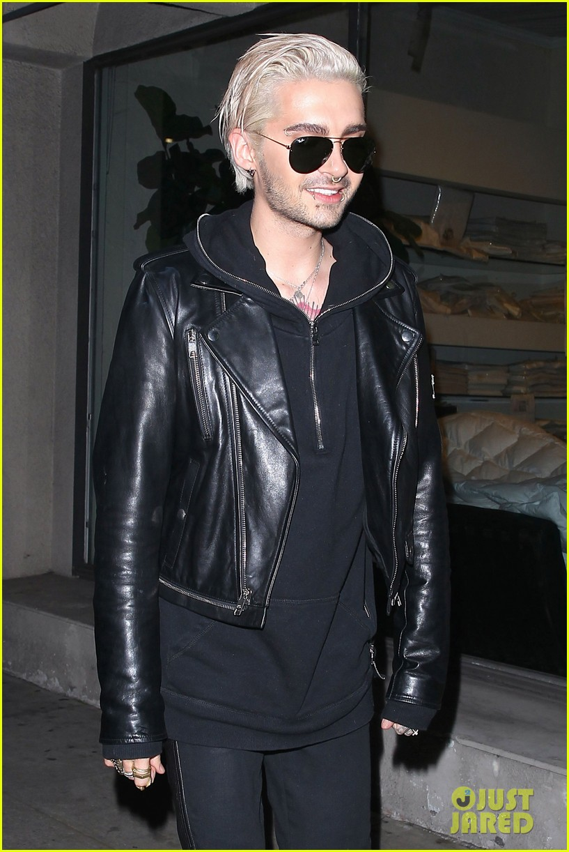 bill kaulitz steps out with freshly bleached hair 013619197