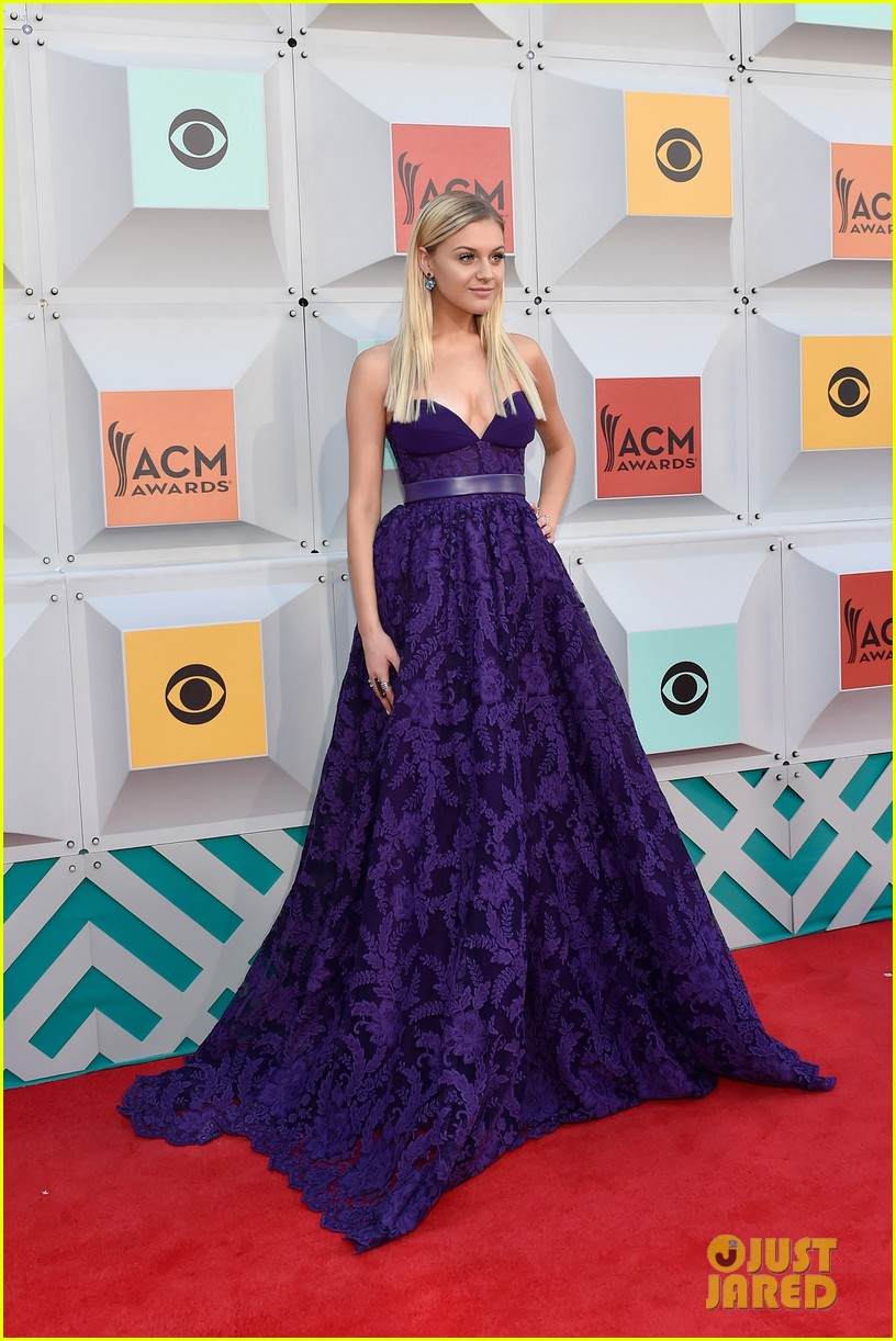 kelsea ballerini 2016 acm awards red carpet 013621632