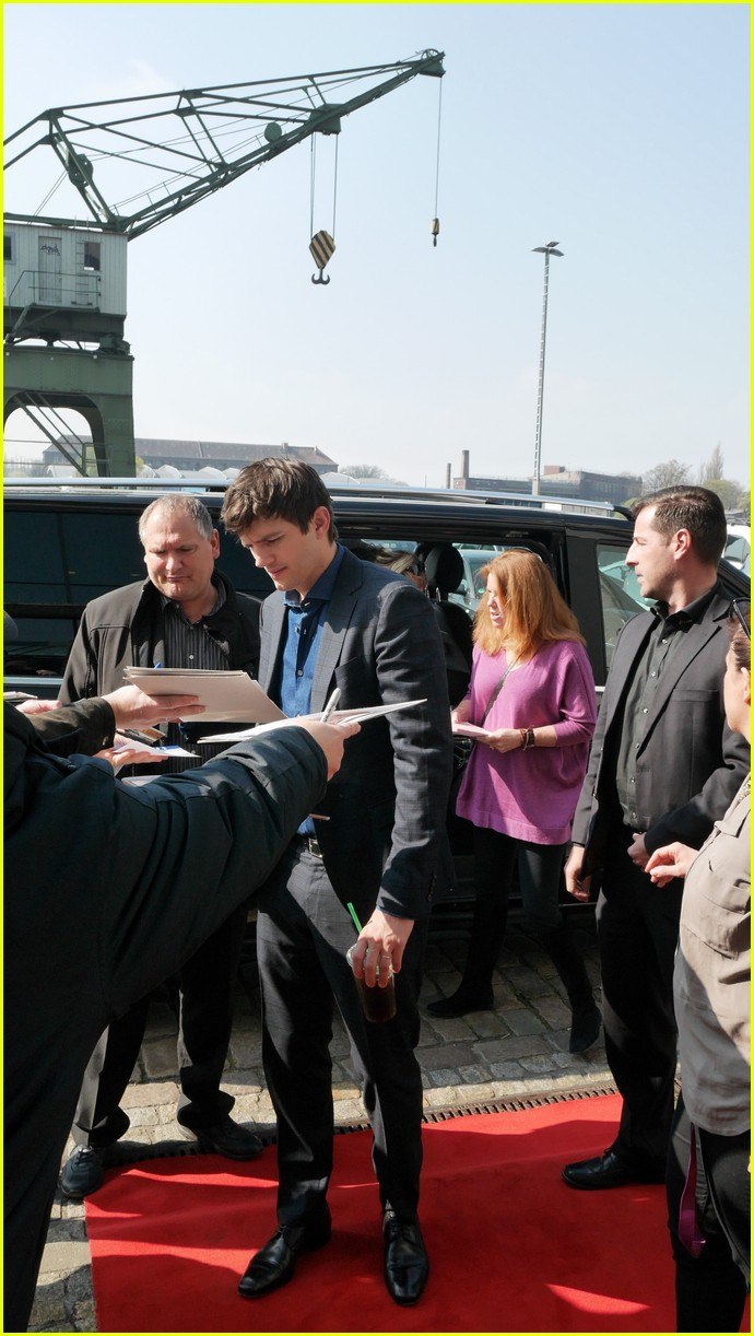ashton kutcher berlin ranch promo 063630222