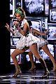 jennifer lopez american idol finale performance 01