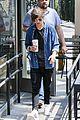 louis tomlinson fan friendly getting coffee 04