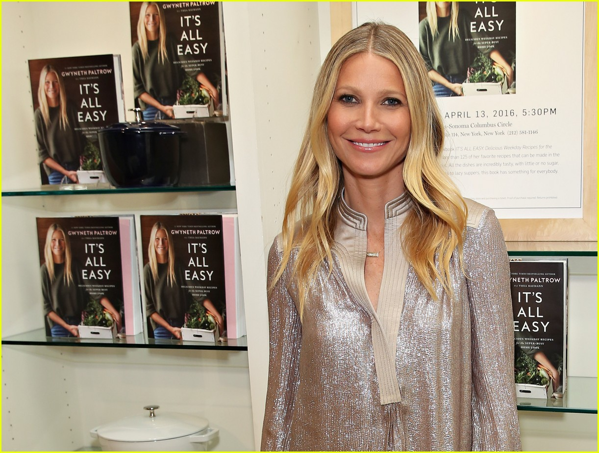 gwyneth paltrow shimmers at its all easy book signing in nyc photo 3630342 gwyneth paltrow pictures just jared