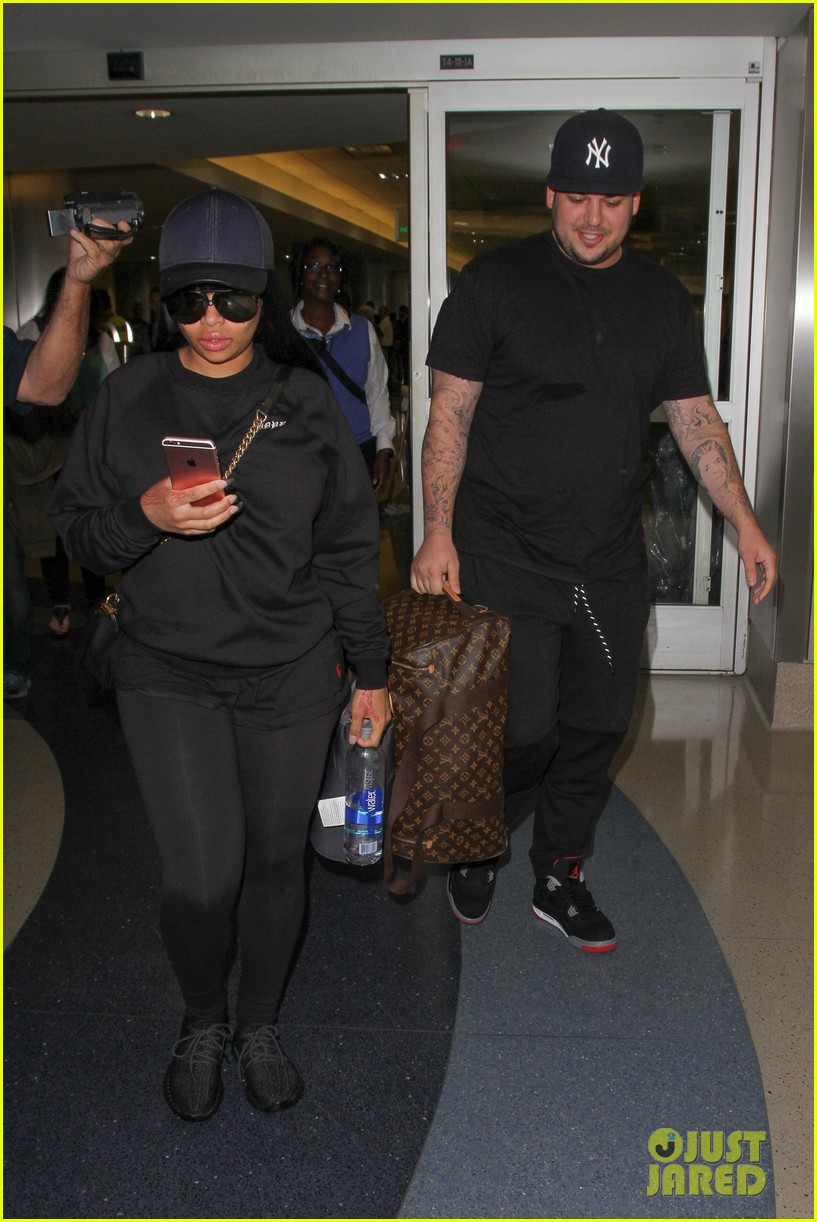 rob kardashian blac chyna land back in los angeles 073634936