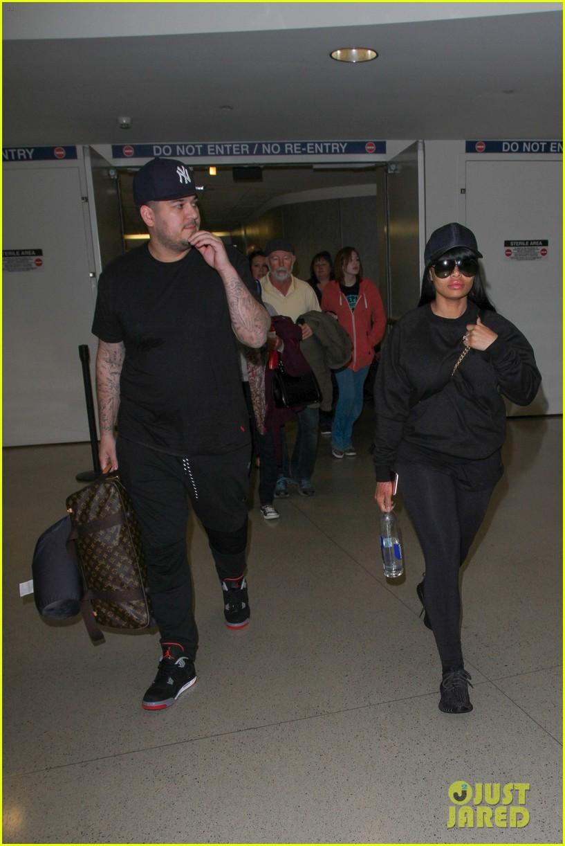 rob kardashian blac chyna land back in los angeles 143634943