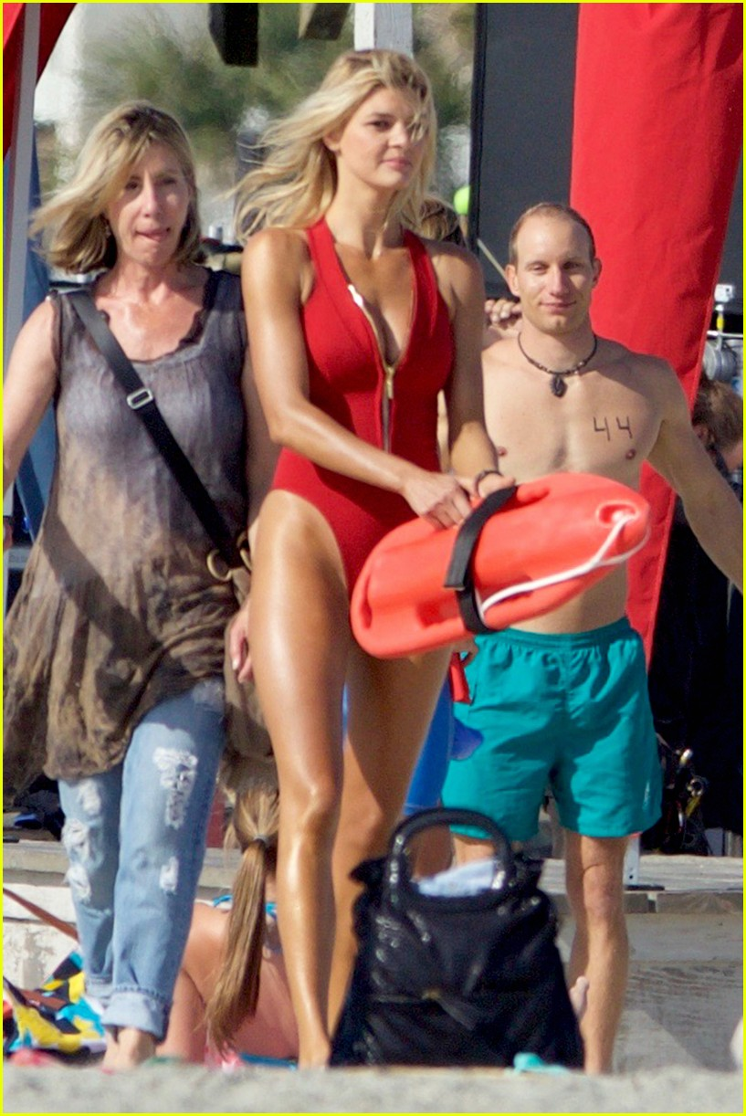 kelly rohrbach sings on set baywatch 073635582