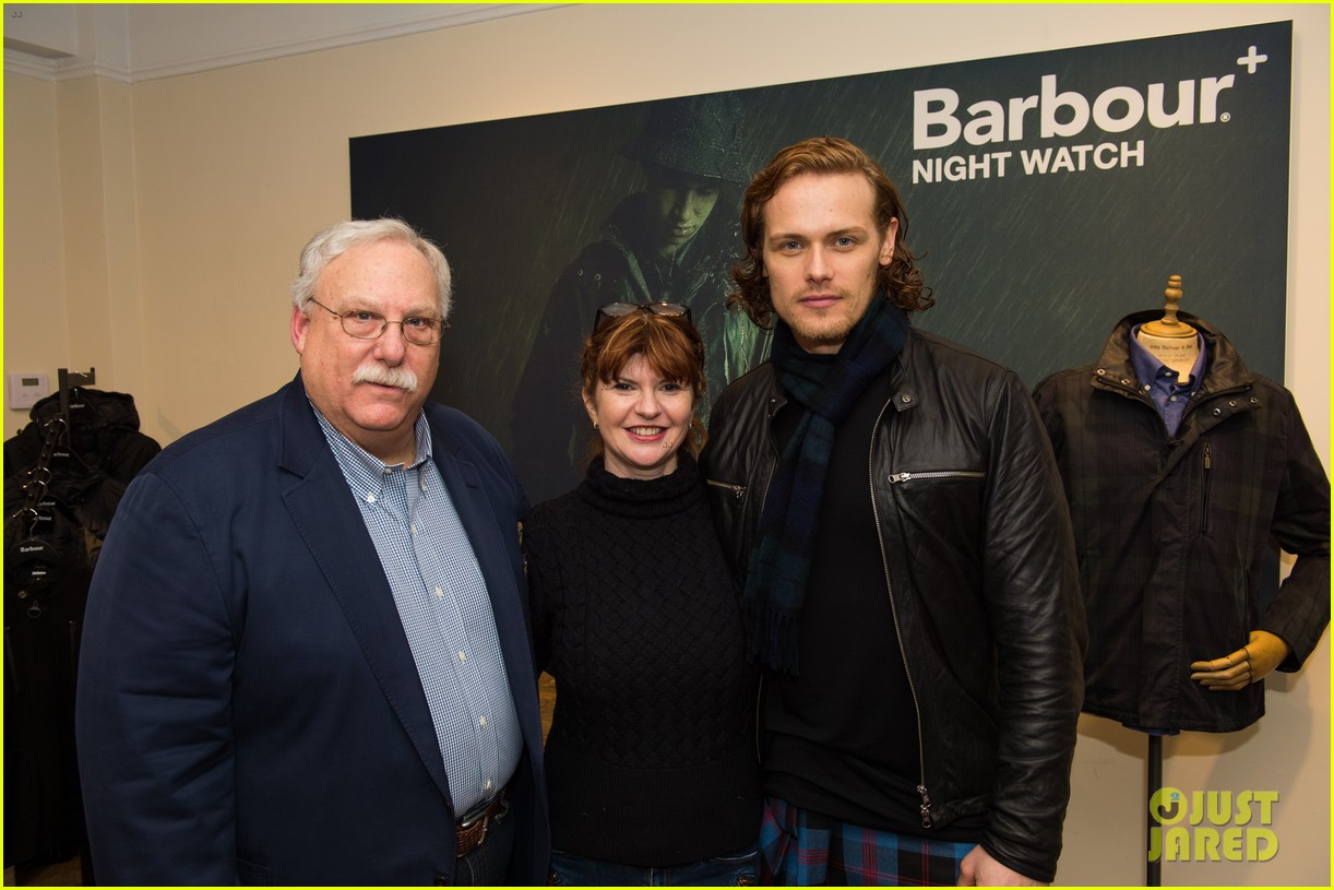 sam heughan shows off scottish roots by wearing a kilt photo