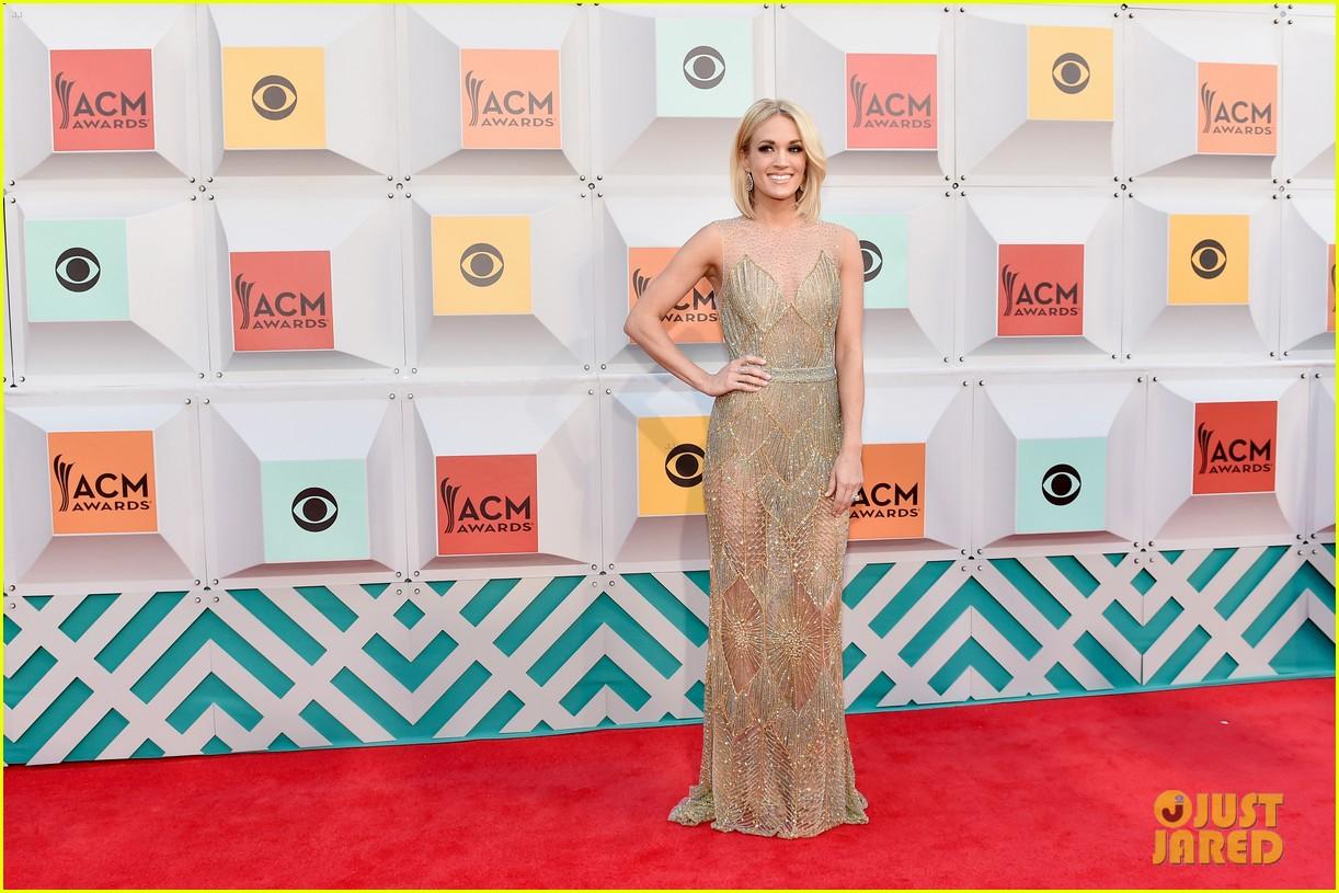 Carrie Underwoods 2016 ACM Awards Dresses: Photos