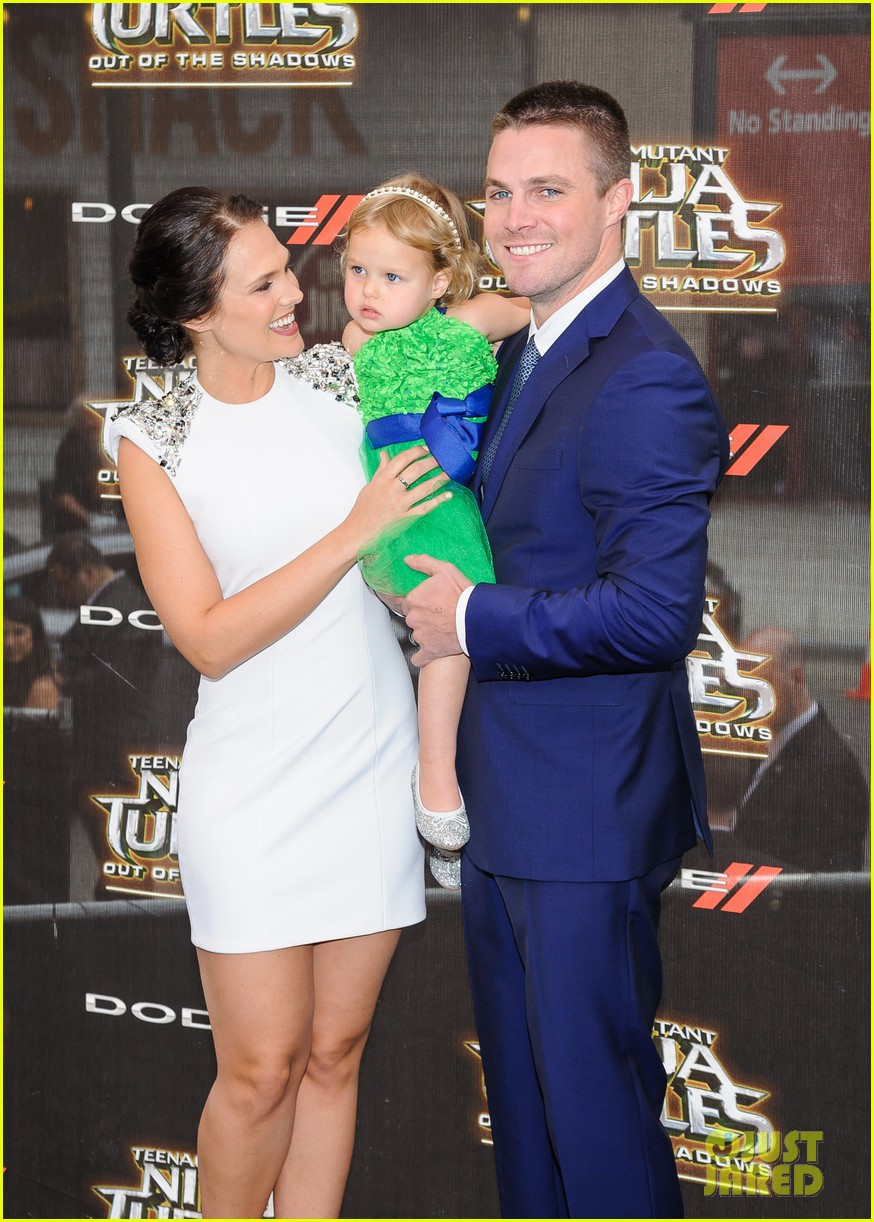 Stephen Amell & Wife Cassandra Jean Bring Adorable ...