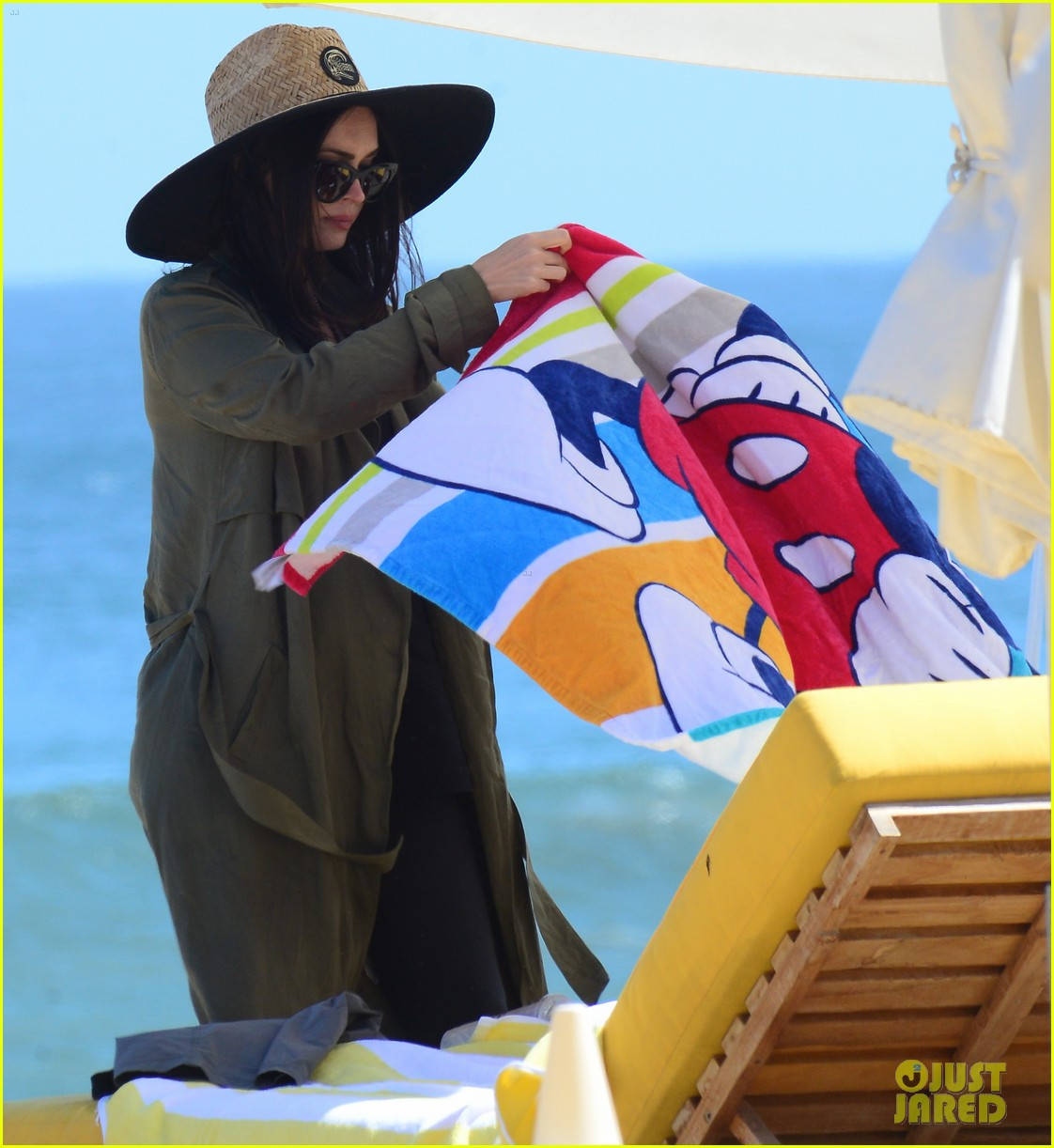 brian austin green megan fox beach day 013645245