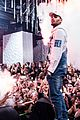 chris brown performs a pop up concert at 1 oak in cannes 01