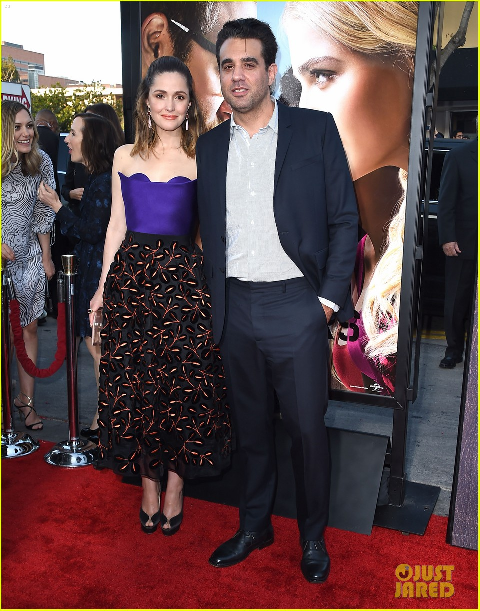 Rose Byrne Bobby Cannavale Couple Up For Neighbors 2 Premiere