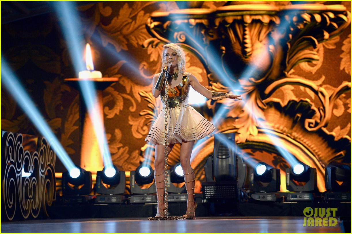 carrie underwood accas 2016 performance video 033645155