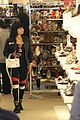 blac chyna shows off baby bump while shoe shopping 21