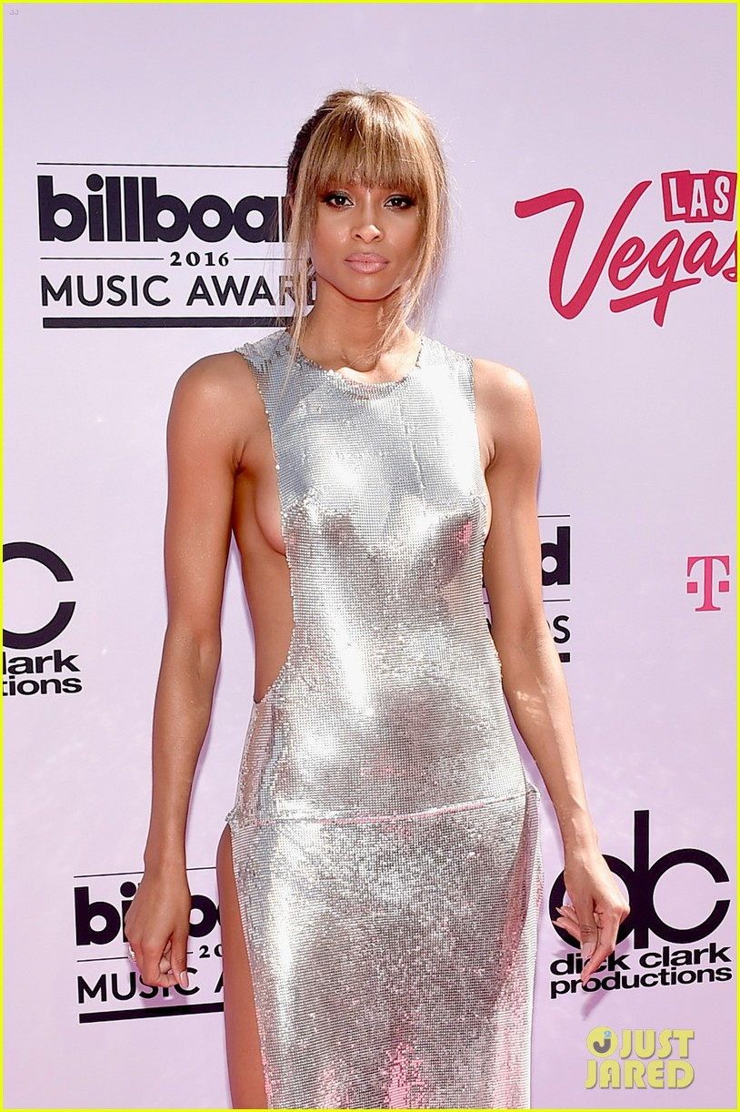 Ciara Flashes Side Boob, Shows Tons of Skin in Sexy Billboard Music Awards  2016 Dress!