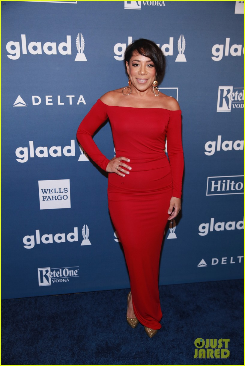 laverne cox outfit change 2016 glaad awards 053656491