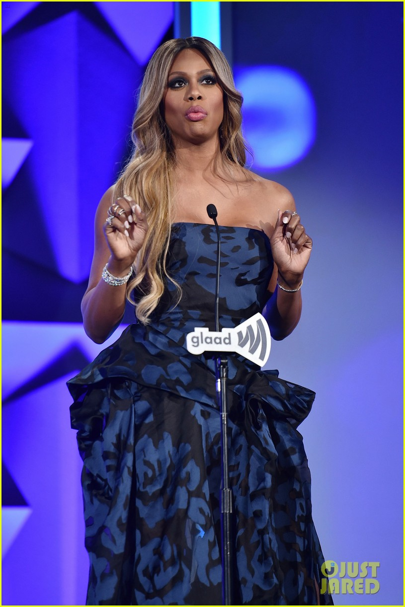 laverne cox outfit change 2016 glaad awards 173656503