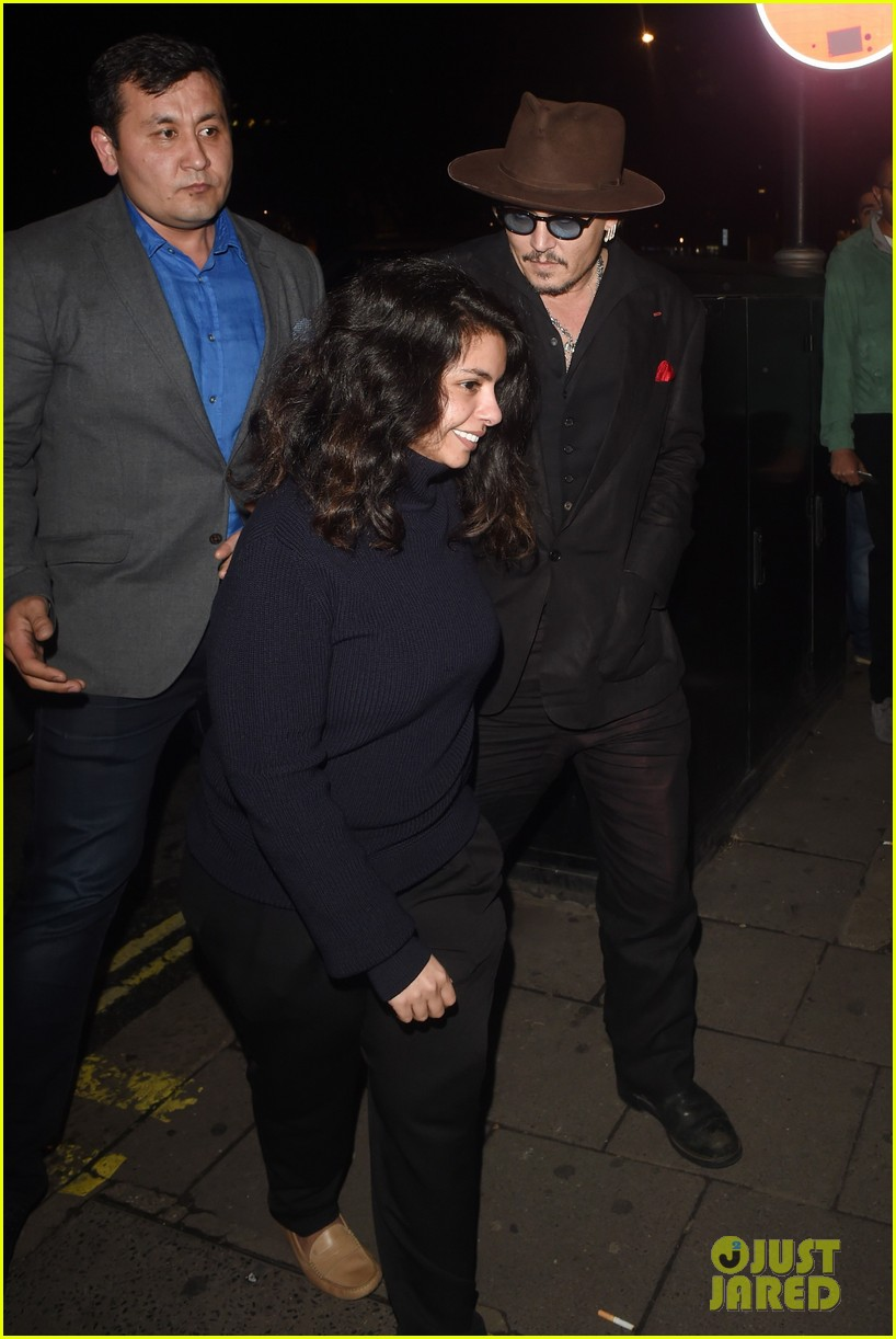 Full Sized Photo of johnny depp sexy fish dinner london 21 ...