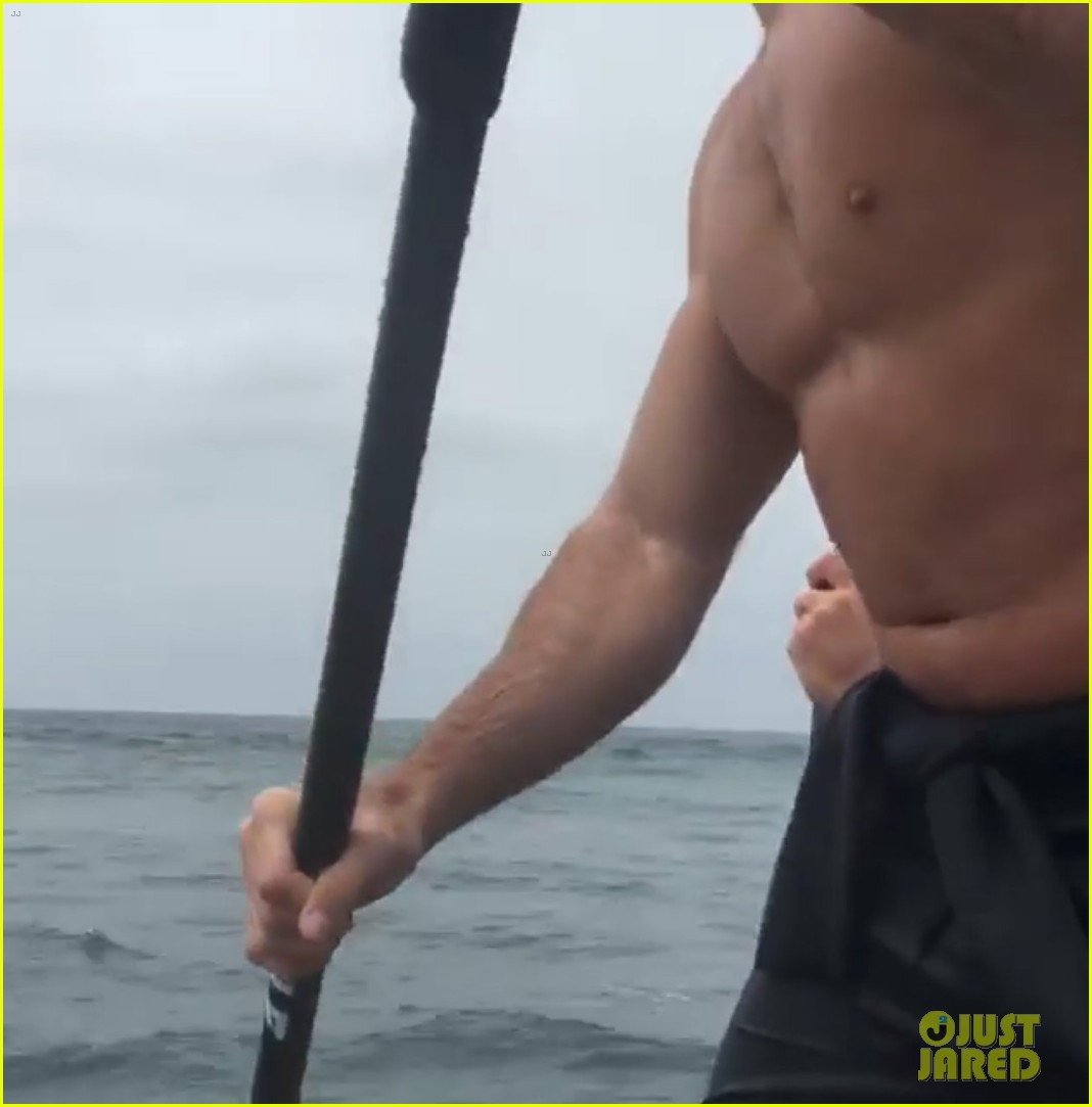 scott eastwood went shirtless in live surfing stream video 123654527