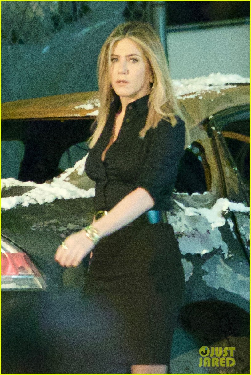 Jennifer Aniston Continues \'Office Christmas Party\' in Atlanta ...