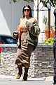 kim kourtney kardashian make separate mid week outings 10