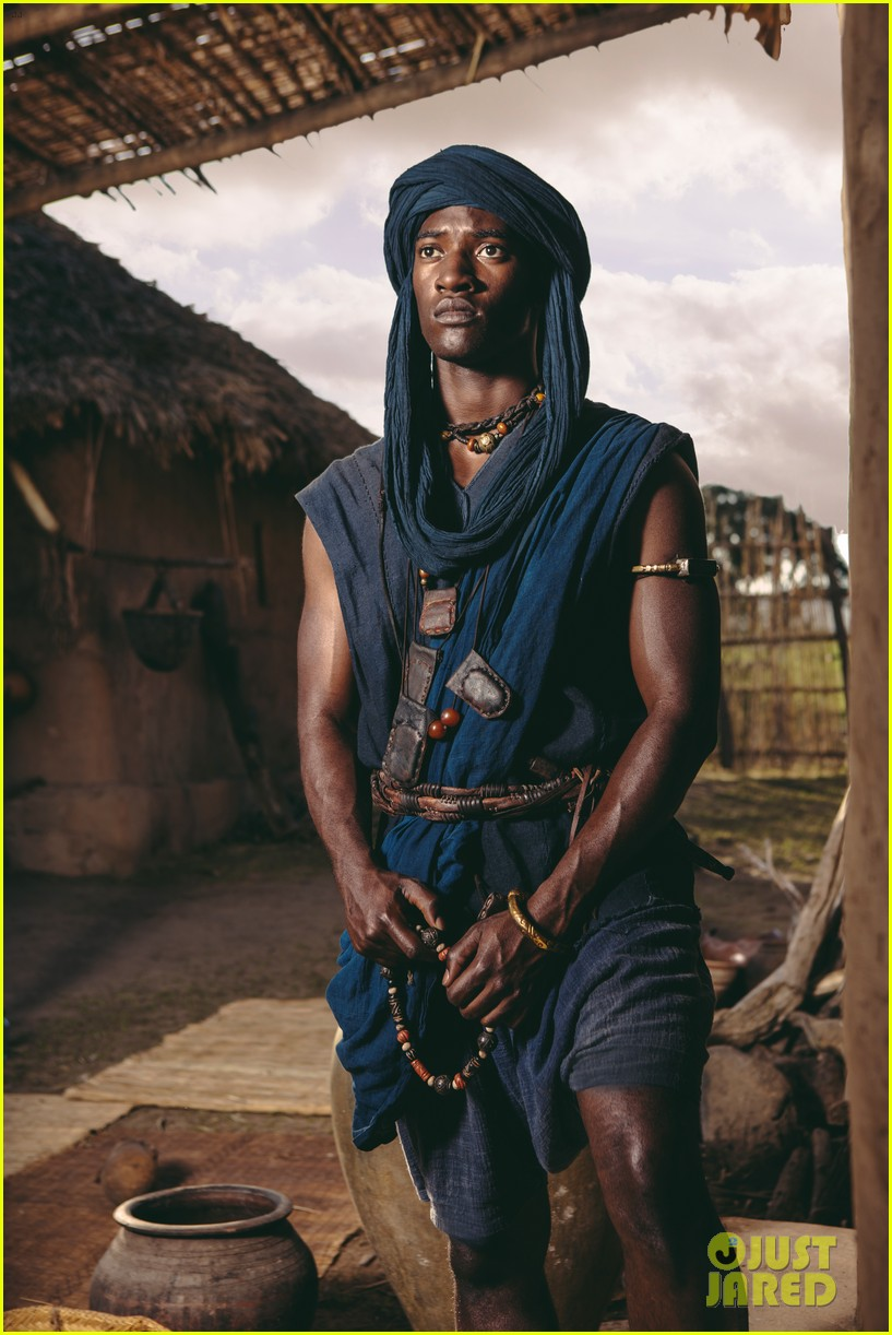 kunta kinte Origins of the roots story: kunta kinte (aka kunta kante / kunte) is the principle mandinka character from the book titled roots: the saga of an american family (doubleday: 1976.