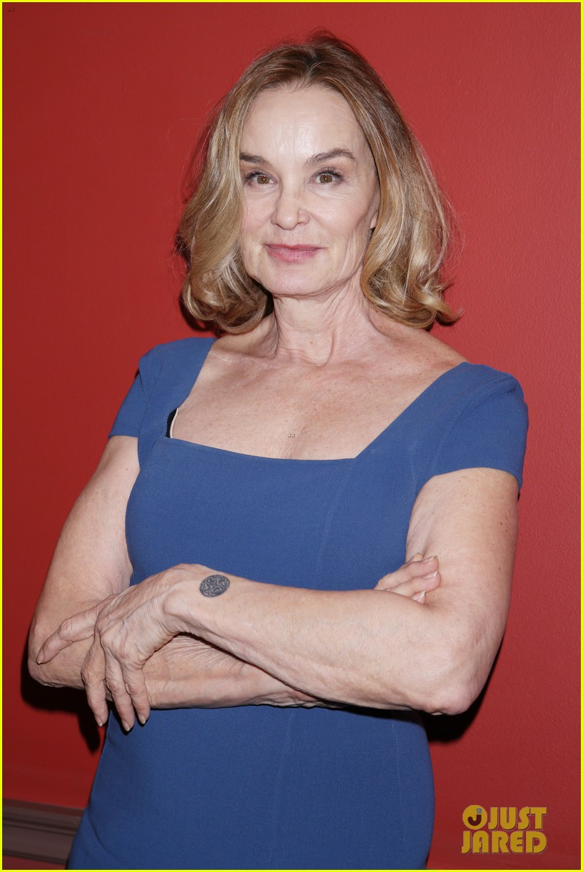 jessica lange michael shannon win big at outer critics circle award 013667530