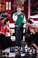adam levine performs with andy samberg popstar character 05