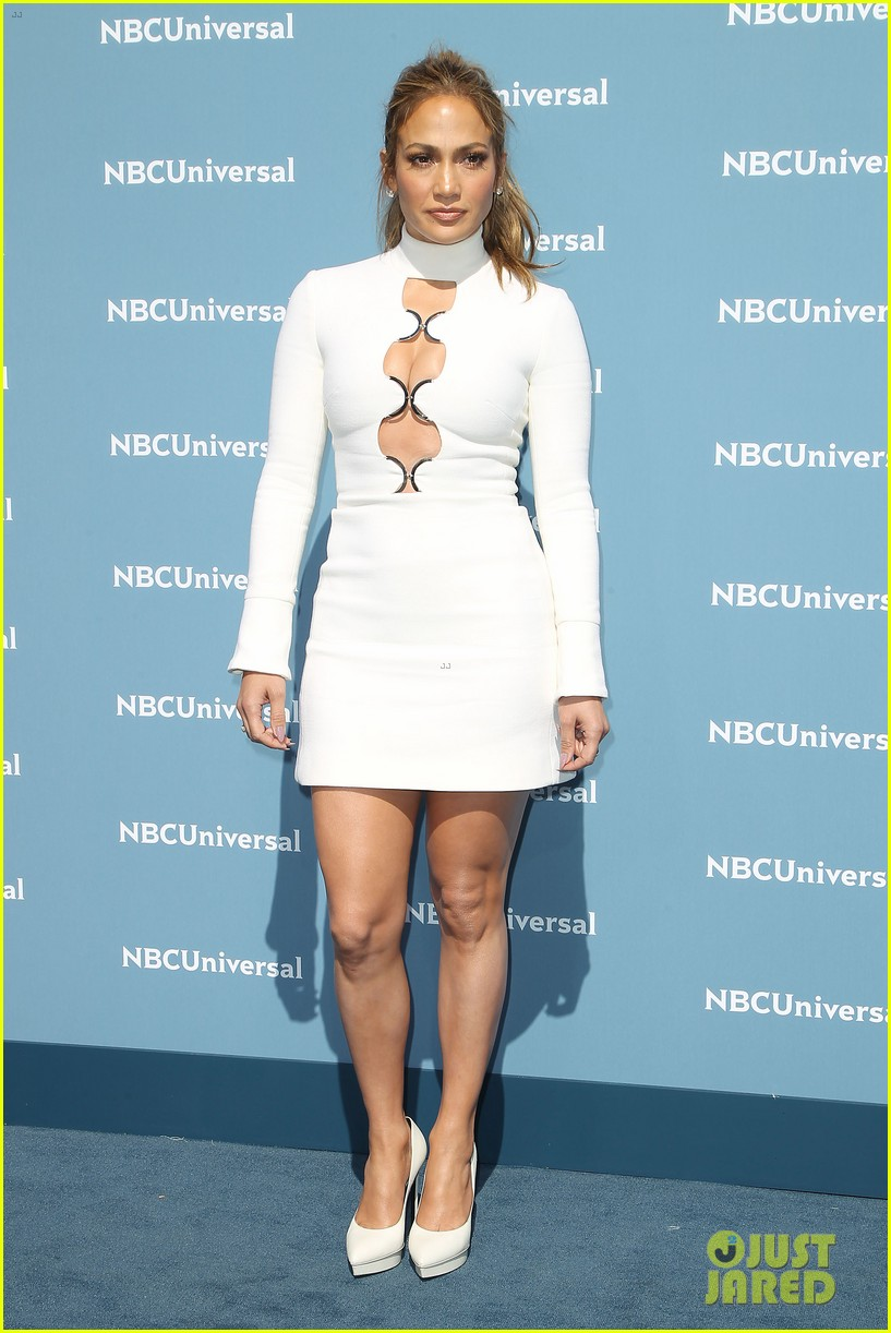 Jennifer Lopez & Kardashian Sisters Glam Up for NBCU Upfront ...