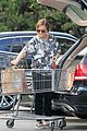 amy poehler stocks up on groceries before the weekend 12
