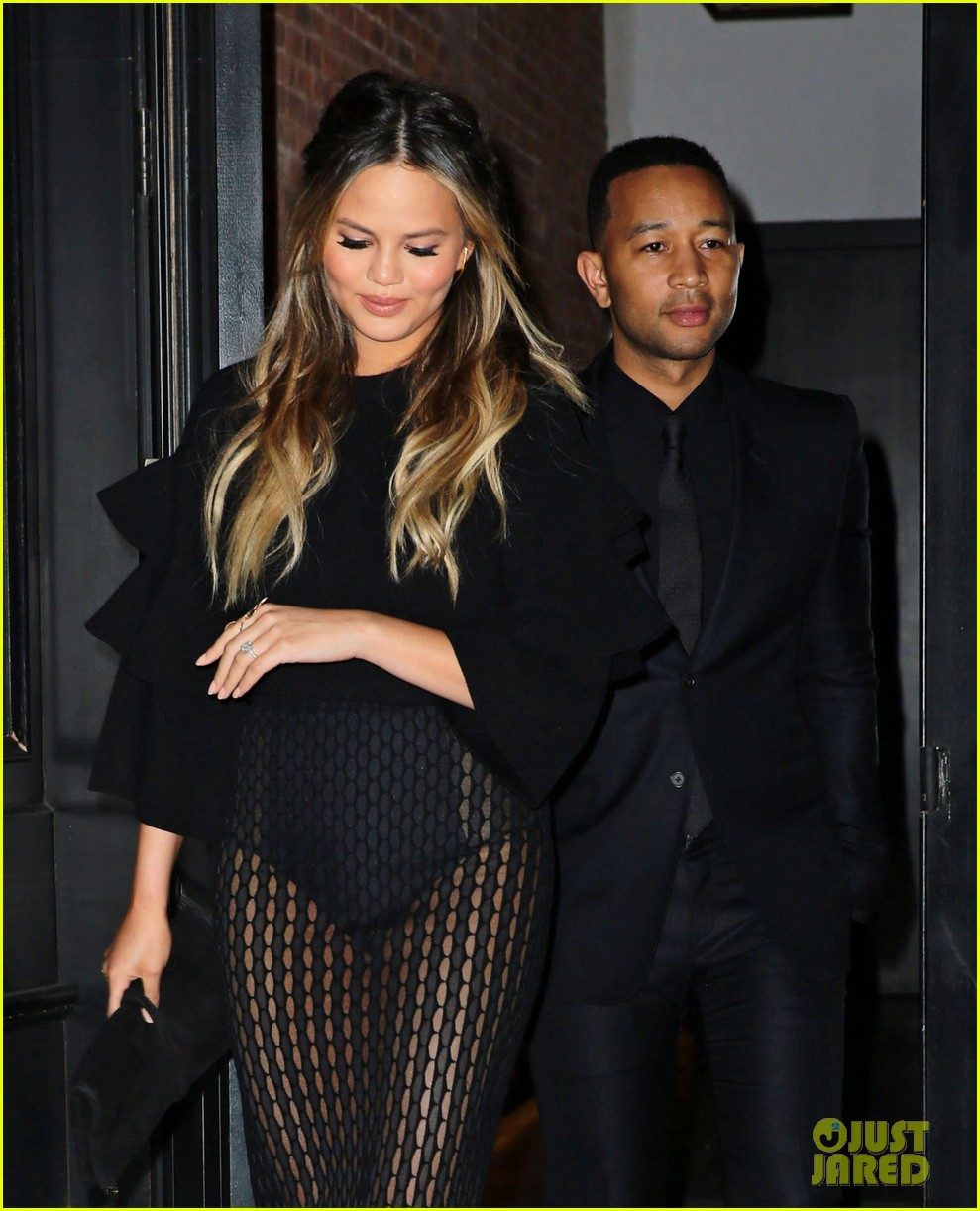 chrissy teigen gets criticized for anything 023656300