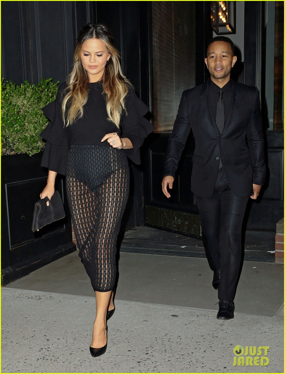 chrissy teigen gets criticized for anything 043656302