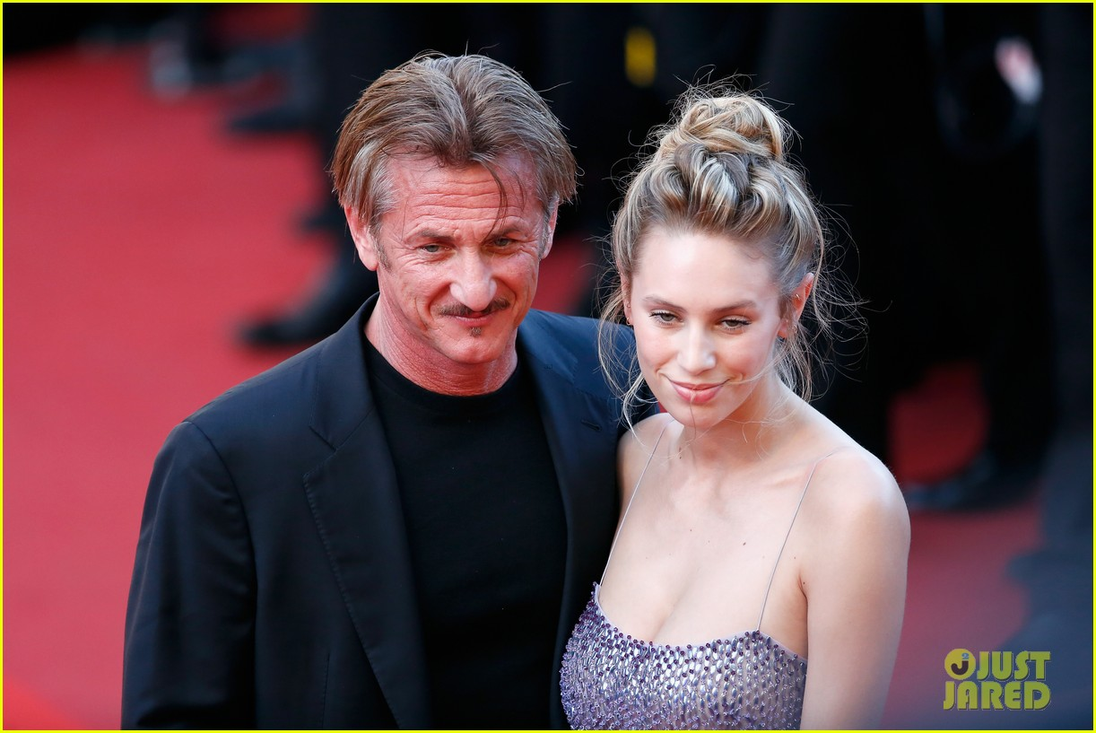 charlize theron reunites with sean penn his kids in cannes 133661667
