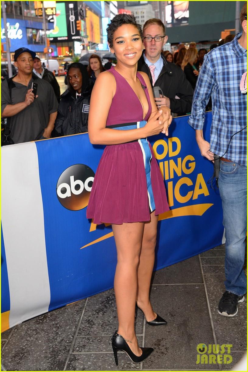 Good Morning America Saturday Cast 2013 : Amy robach calves related keywords