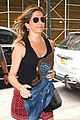 jennifer aniston justin theroux have a nyc date night 25