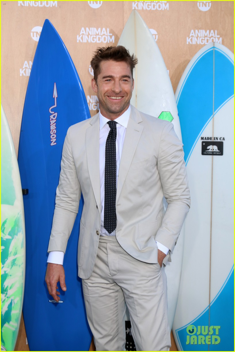 ellen barkin scott speedman premiere animal kingdom in venice 023677521