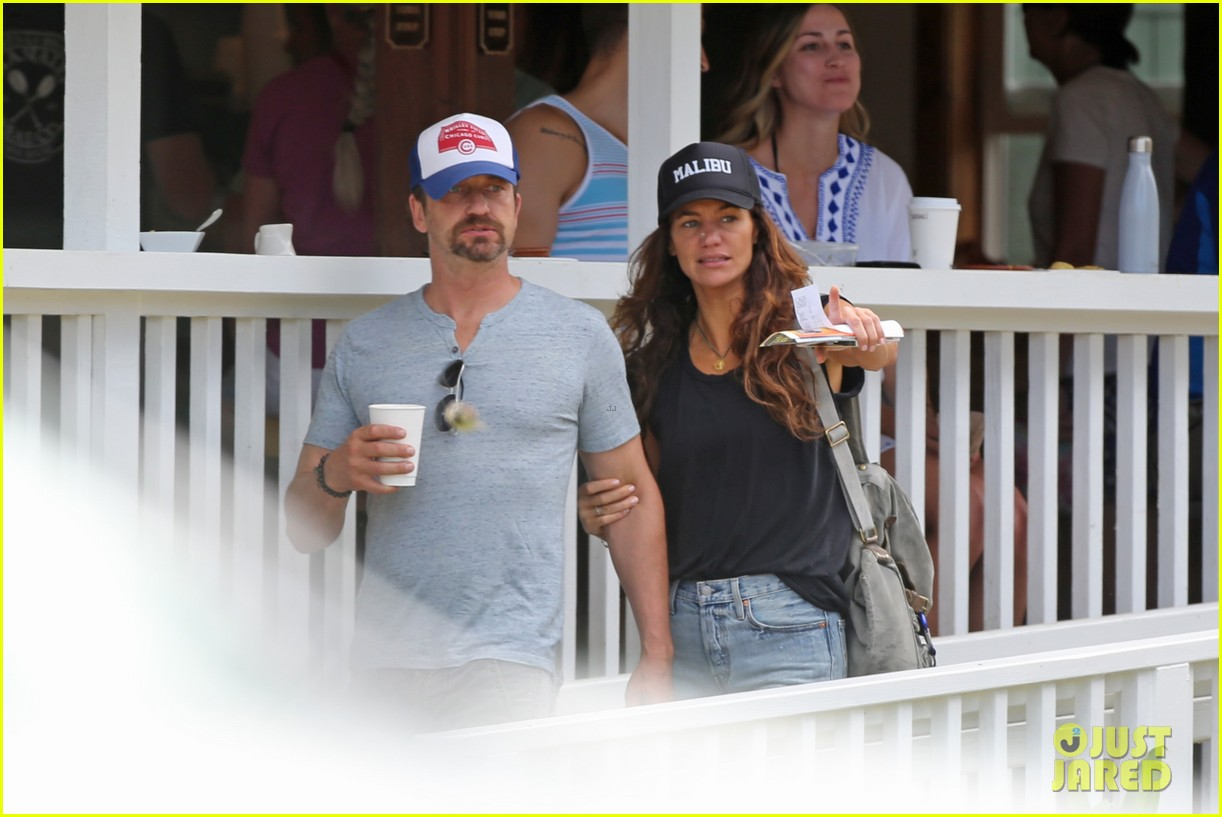 gerard butler is back home after hawaii trip with morgan brown 043672828