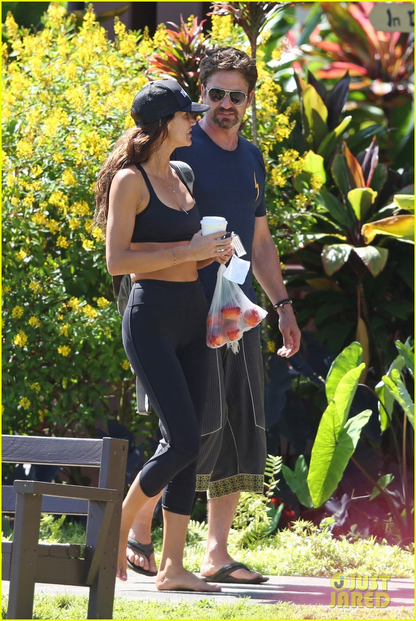 gerard butler is back home after hawaii trip with morgan brown 113672835