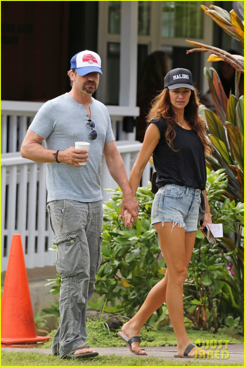 gerard butler is back home after hawaii trip with morgan brown 173672841