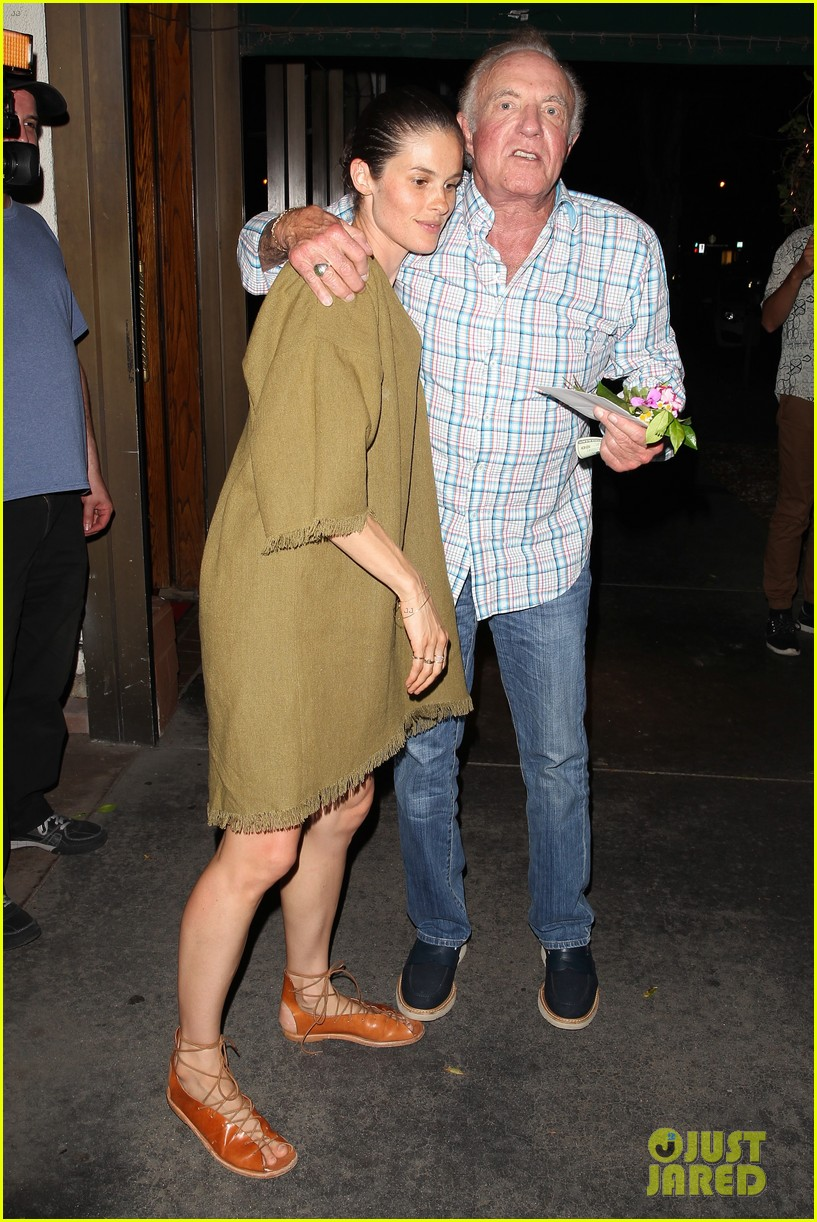 scott caan girlfriend kacy byxbee fathers day dinner 163688013