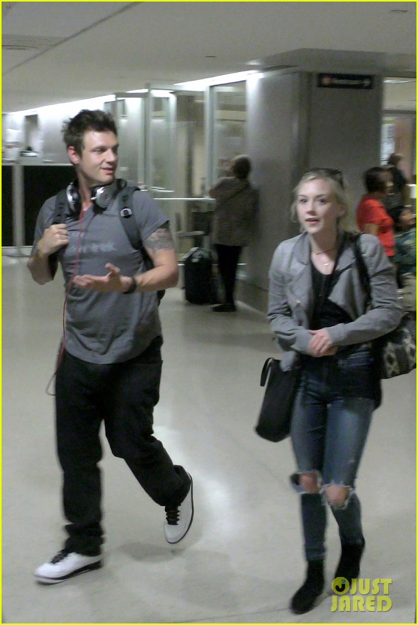Nick Carter Emily Kinney Excitedly Meet Each Other Photo 3670533