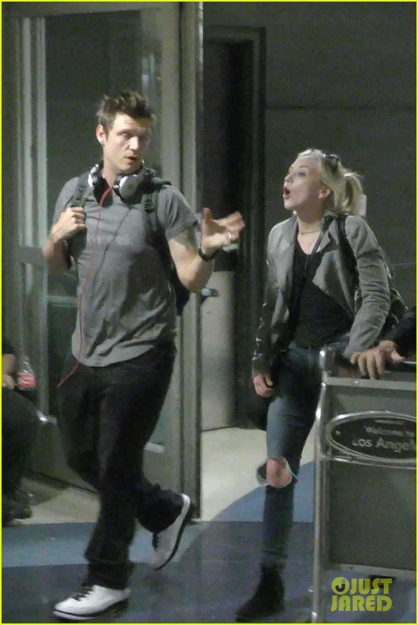 Nick Carter Emily Kinney Excitedly Meet Each Other Photo 3670539