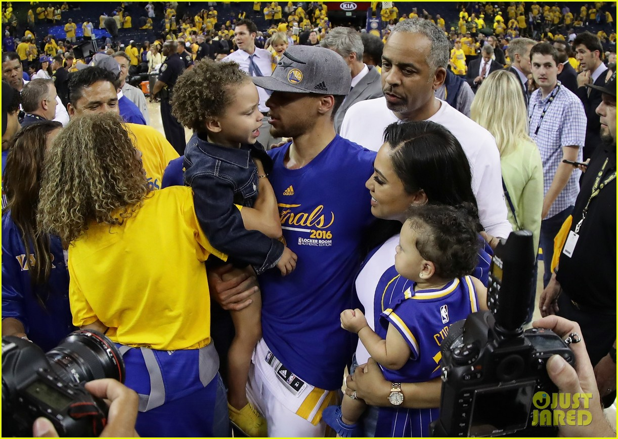 Who is stephen currys wife meet ayesha their kids photo who is stephen currys wife meet ayesha their kids m4hsunfo