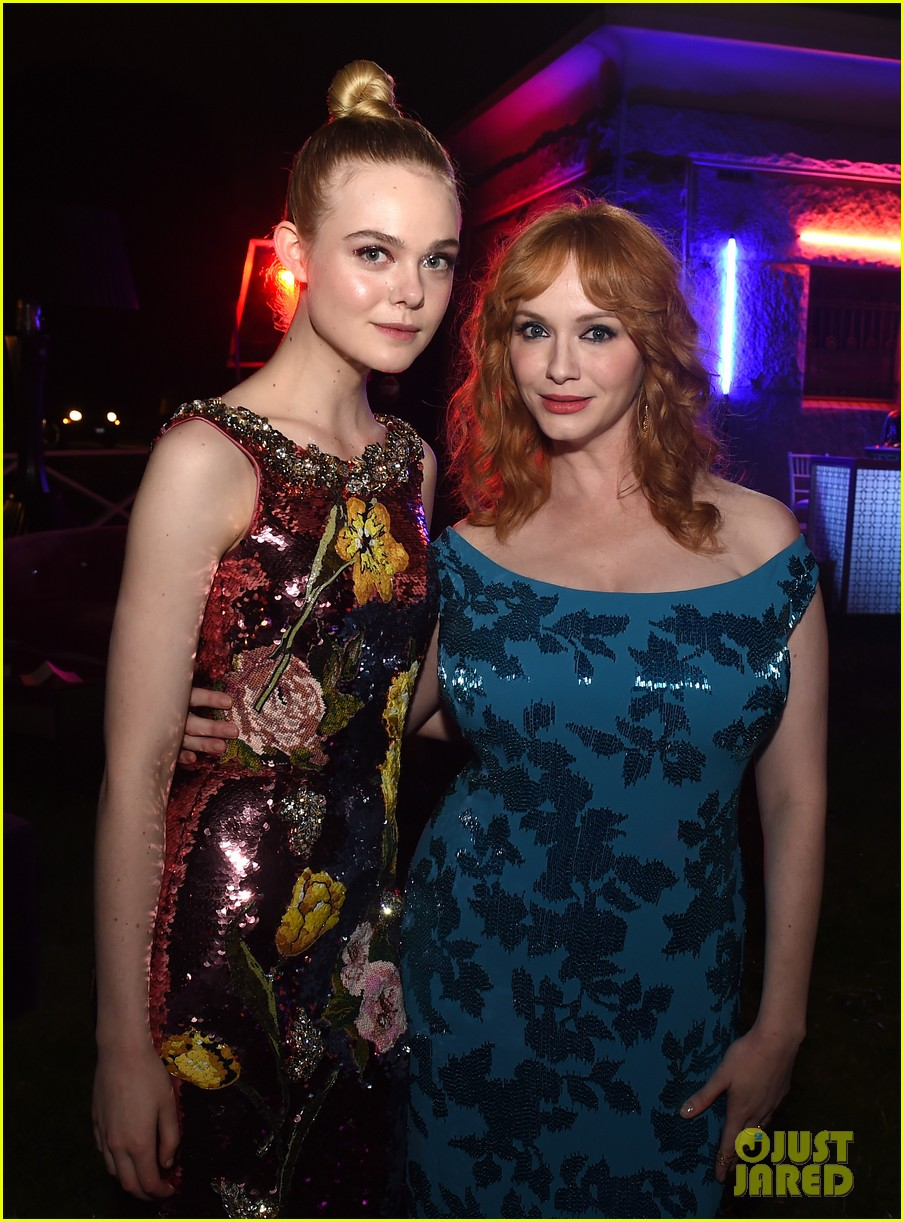 elle fanning gets support from sis dakota at neon demon premiere 423682938