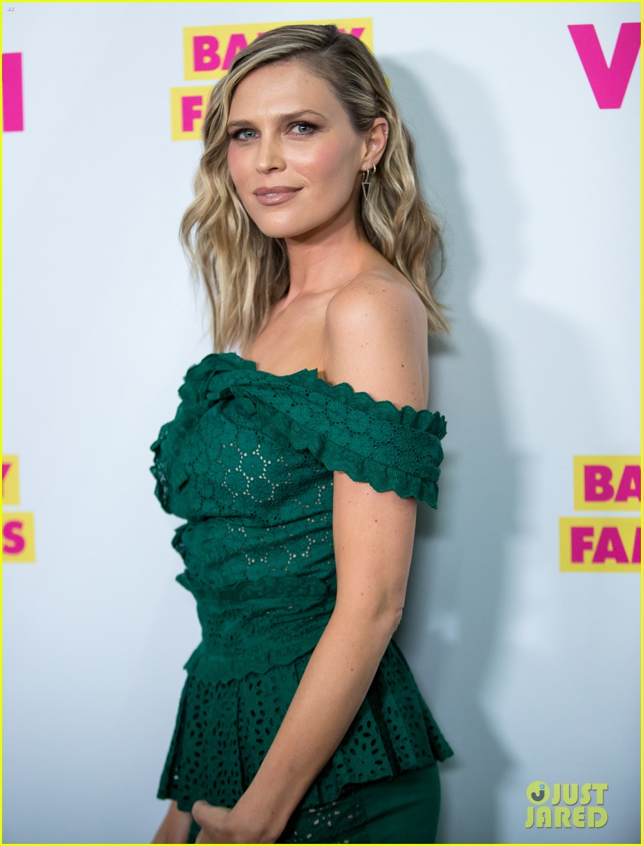 erin sara foster get star studded support at barely famous season 2 premiere 253682739