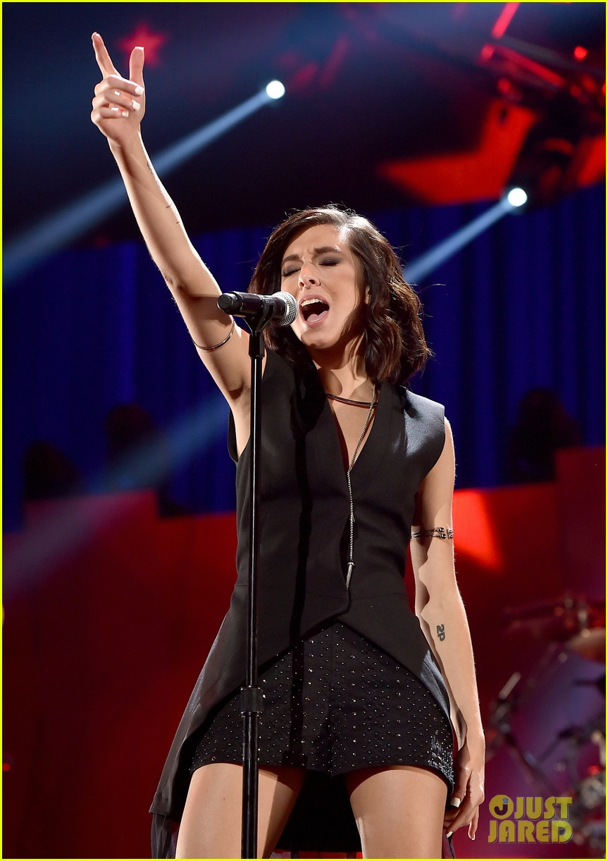 christina grimmie killer traveled to hurt her police believe 123679314