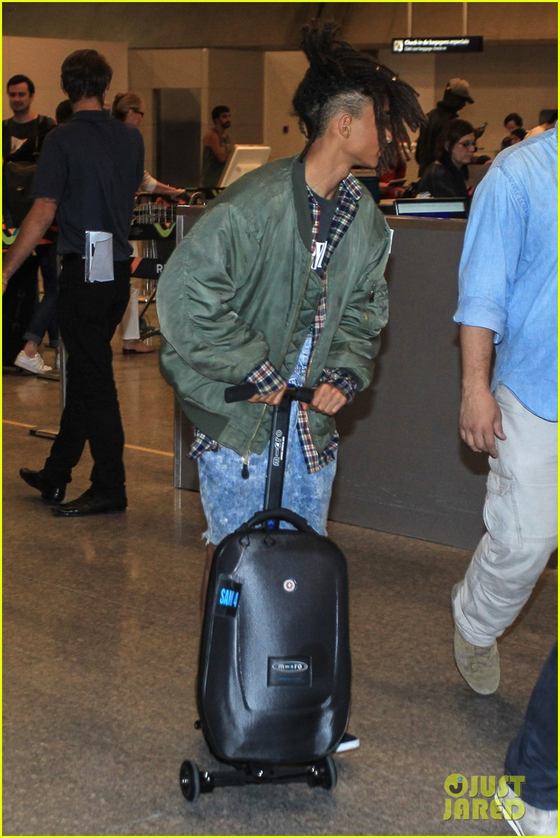 jaden smith arrives brazil luggage scooter 173672120