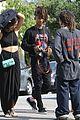 jaden smith skateboard photo shoot friends 01